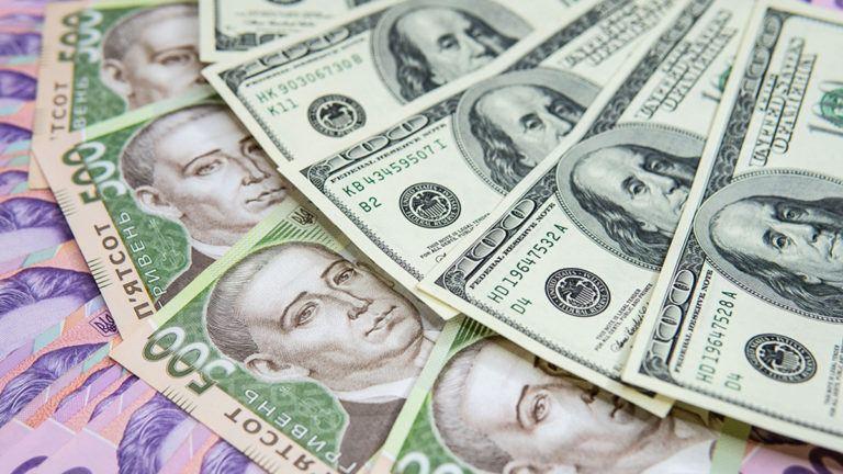 Каждый день Государственная таможенная служба перечисляет в бюджет около 1 млрд грн.